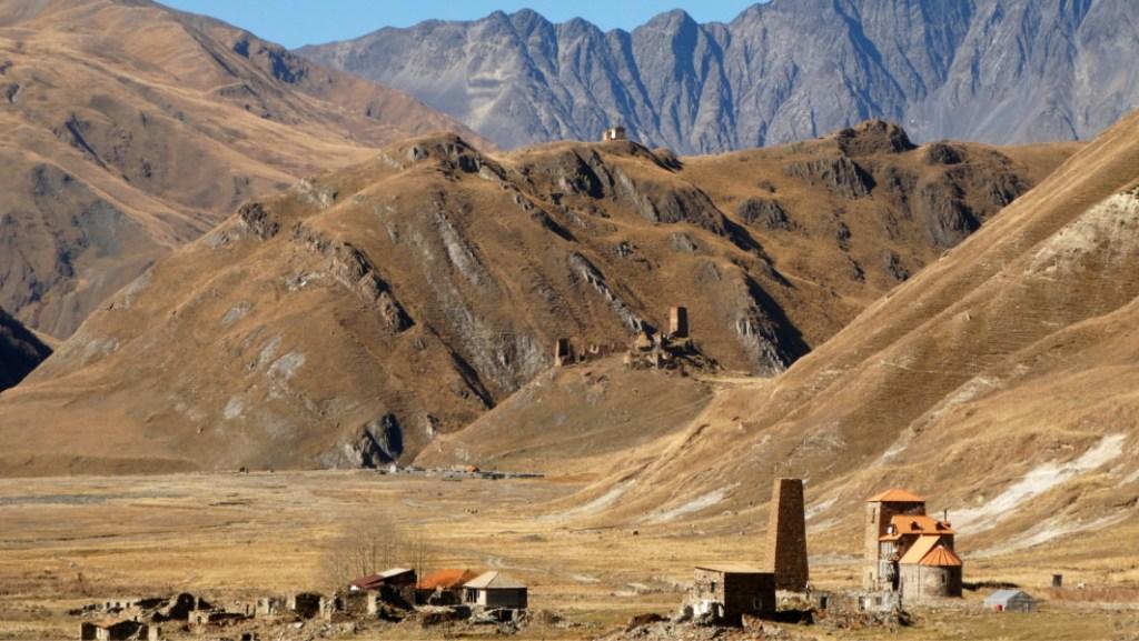 Trekking Stepantsminda - Truso