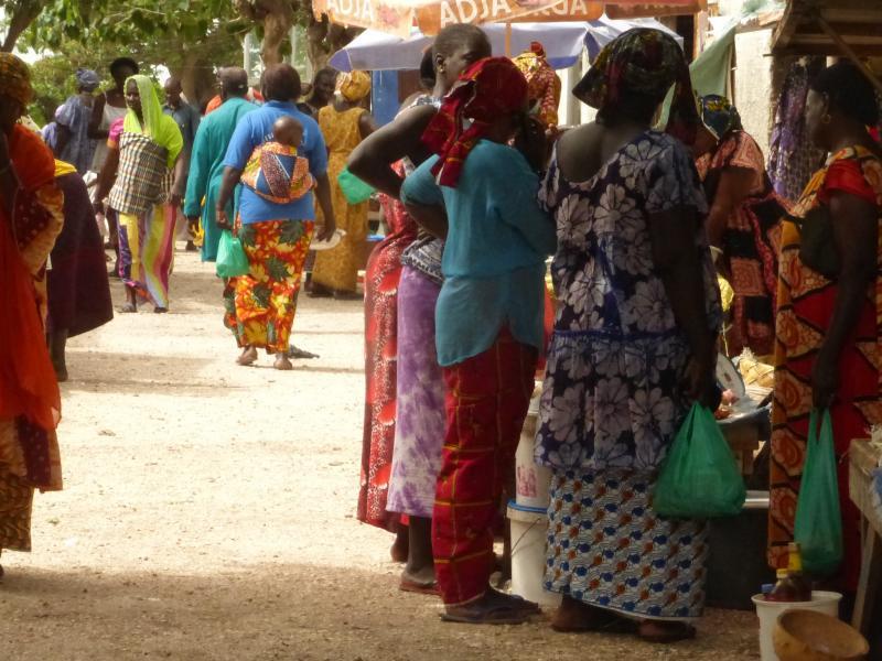 Mujeres en el mercado de la Isla de las Conchas