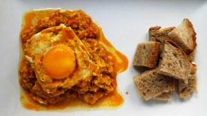 receta mirza ghasemi - berenjena