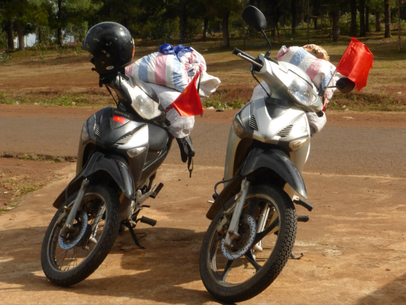 Motos en vietnam - dos motos
