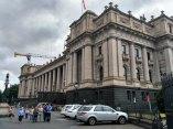 3-gedung-parlemen