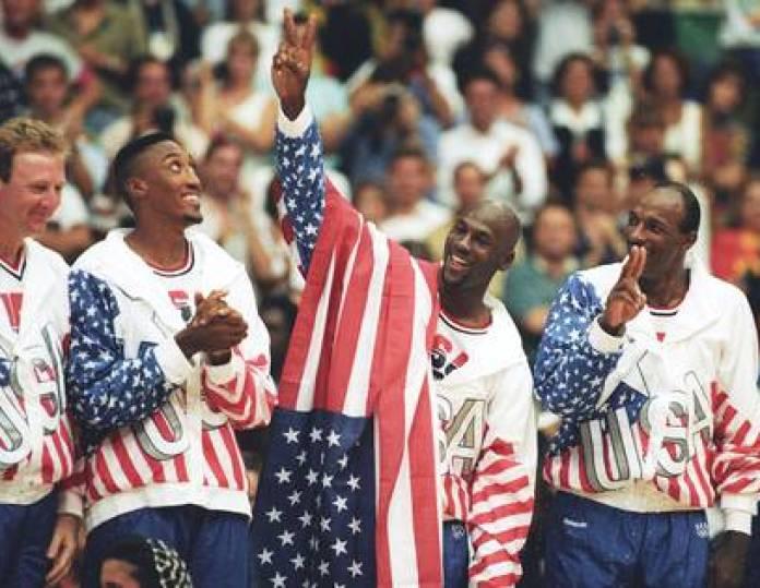 Larry Bird, Scottie Pippen, Michael Jordan and Clyde Drexler after winning the gold medal at Barcelona 92 (Reuters)