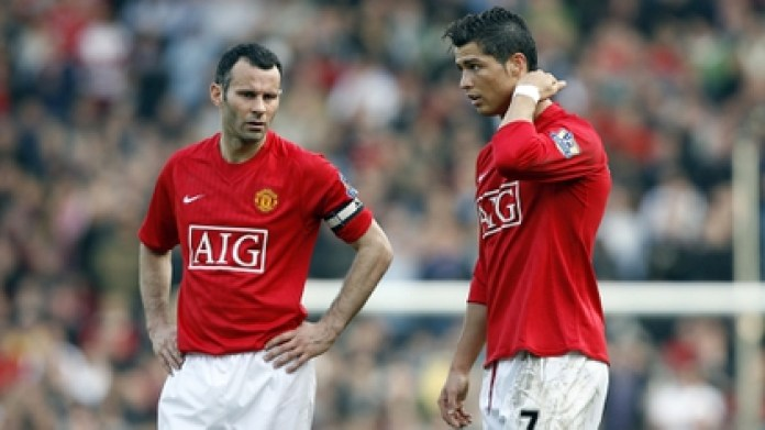 Ronaldo and Giggs starred in a fight at Manchester United