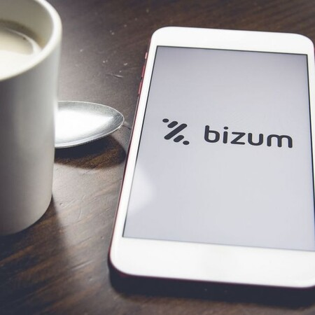 The Bizum logo on a mobile phone