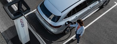 Recharging an electric car in the garage: everything you need to know at a technical, legal and price level