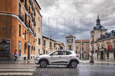 Dacia Spring 021