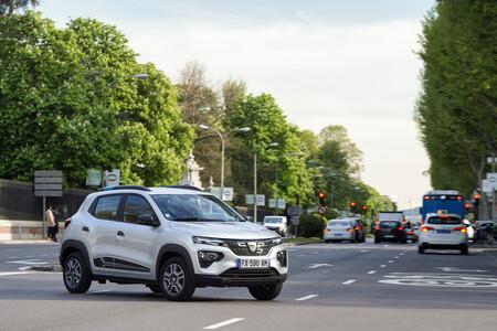 Dacia Spring 005