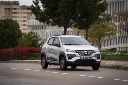 Dacia Spring 030