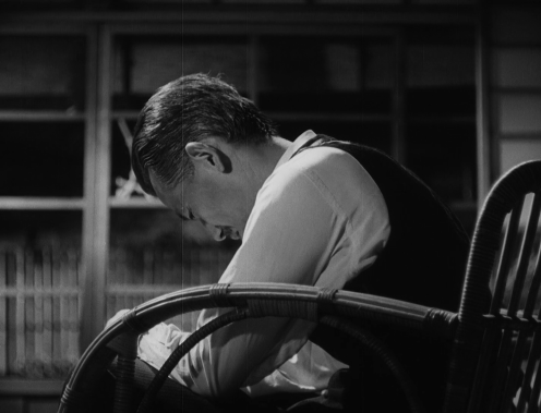 Chishû Ryû is the father being left alone in Banshun (1949)