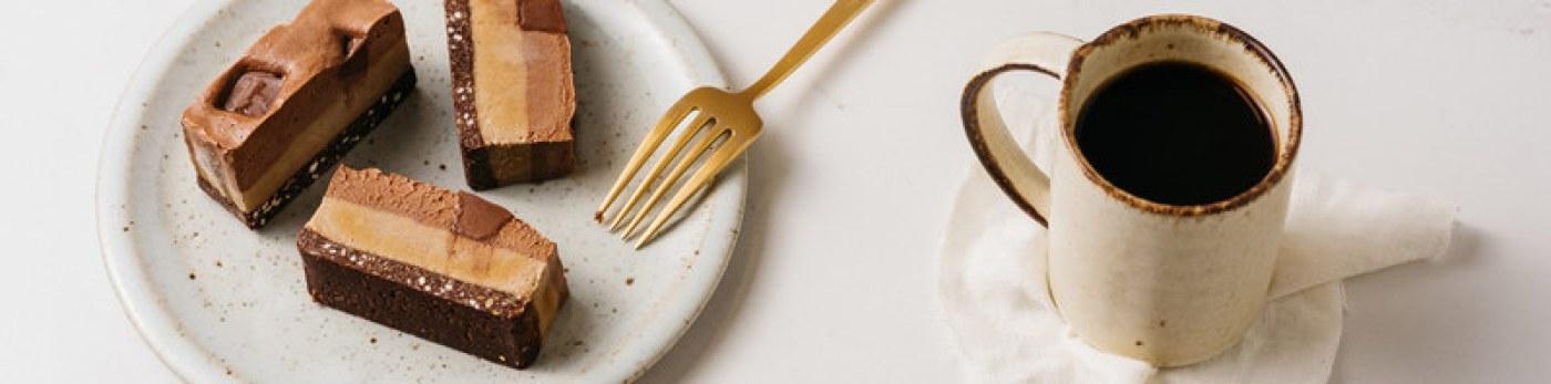 Lively Desserts: Organic, Raw Vegan Desserts