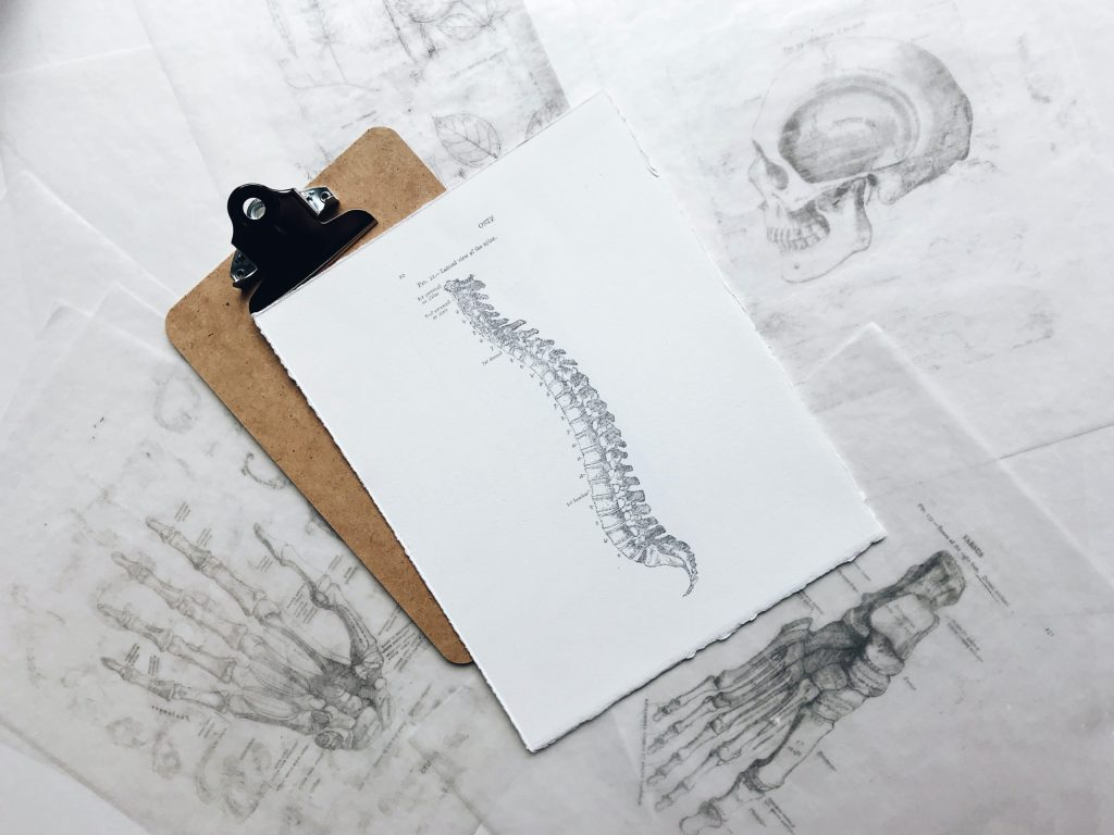 8 Reasons NOT To See A Chiropractor