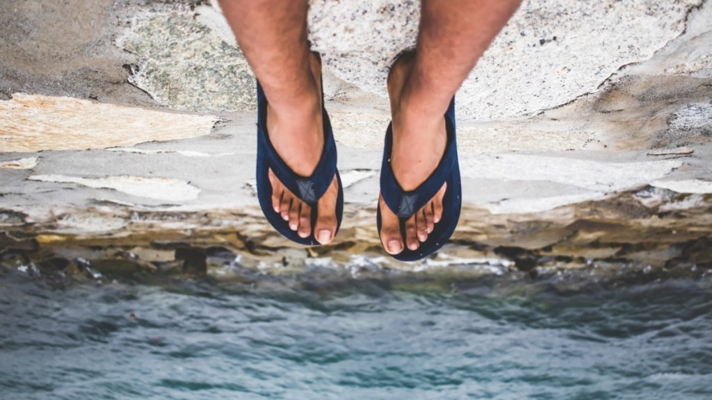 Foot Pain: Here's Why You Should Skip Cheap Flip-Flops This Summer