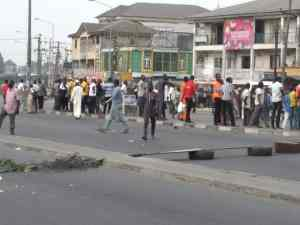Task force officials allegedly beat man to death in Rivers State (graphic photo) 3