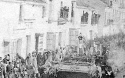 1820. CUANDO SEVILLA SE QUEDÓ SIN COFRADÍAS, PERO EN FUENTES DE ANDALUCÍA SALIERON LOS PASOS A LA CALLE