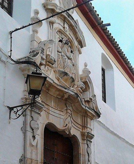 portada del convento de las Filipensas