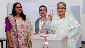 صورة رئيسة وزراء بنجلادش تفوز بولاية ثالثة والمعارضة تتحدث عن تزوير