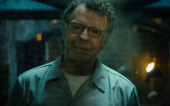 El anuncio definitivo de que Henry (John Noble) es en realidad el Jinete de la Guerra.