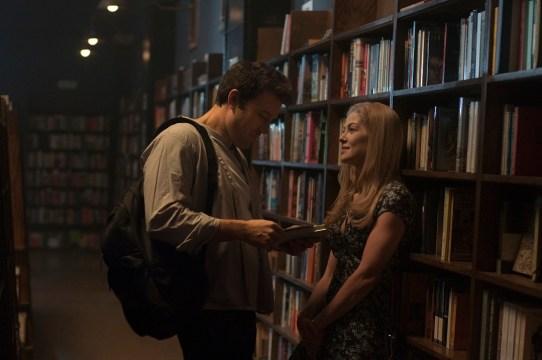 Nick Dunne (Ben Affleck) y Amy (Rosamund Pike)