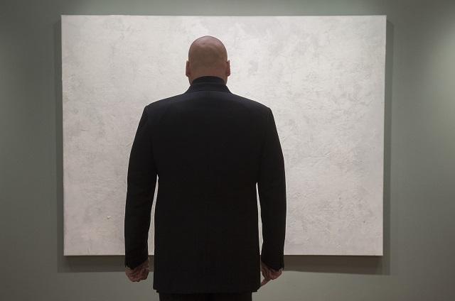 La soledad que Fisk (Vincent D'Onofrio) cree irremediable.