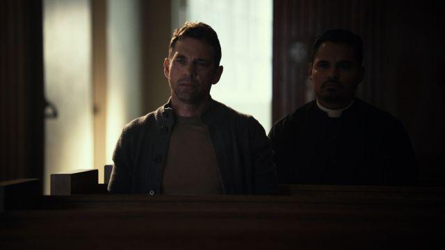 Michael Peña como el Padre Lozano y dougray Scott (Hemlock Grove) como el padre de Ángela.