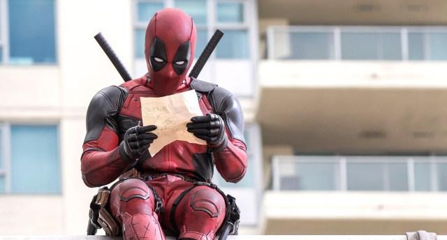 Deadpool trabajando en un retrato hablado.