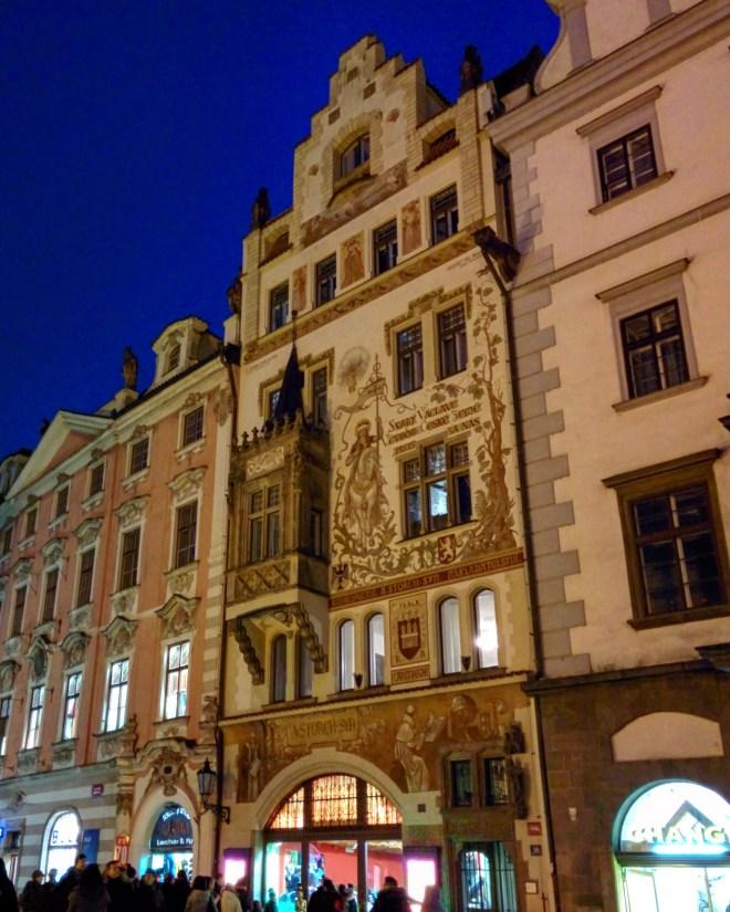 Préio com afrescos Praga 2