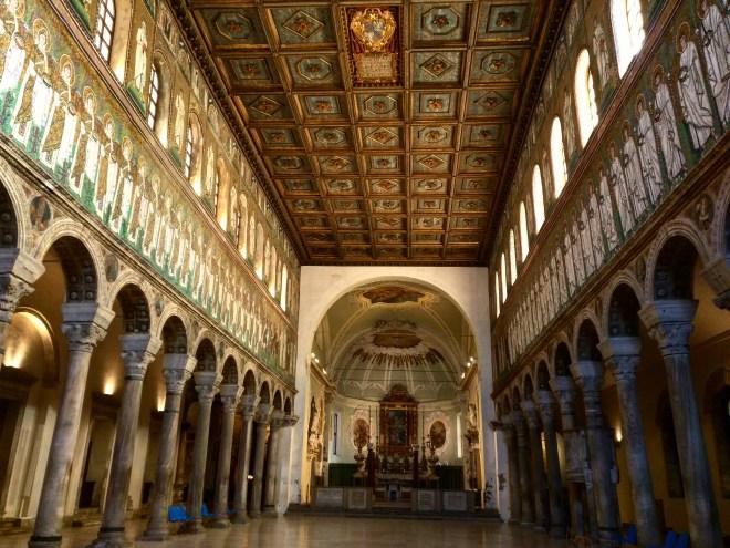 basilica-de-san-apolinare-nuovo-ravenna-3