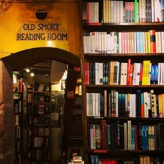 shakespeare-and-co-interior-2
