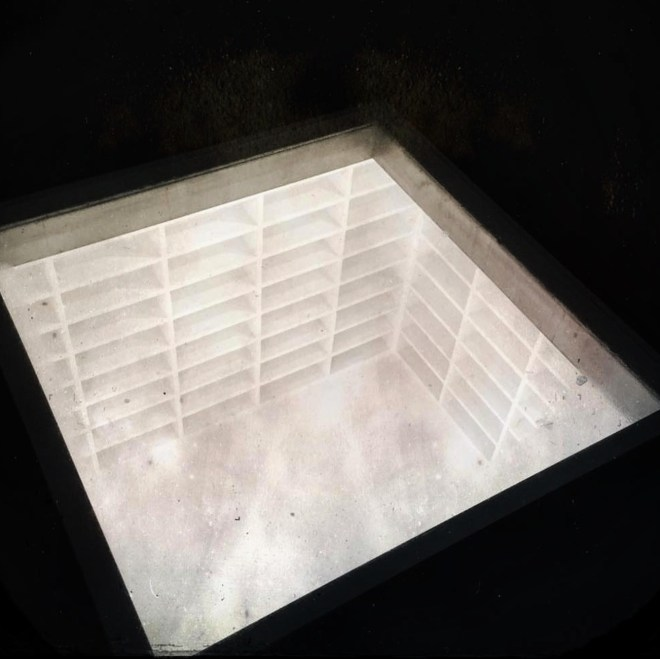bebelplatz-lugars-holocausto-berlim