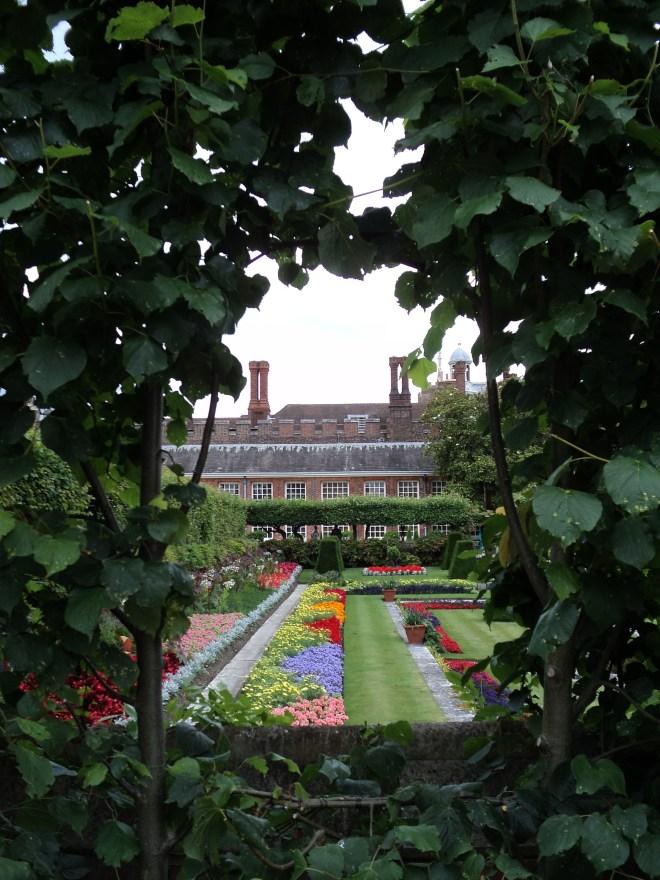 Hampton Court Palace Jardim 20