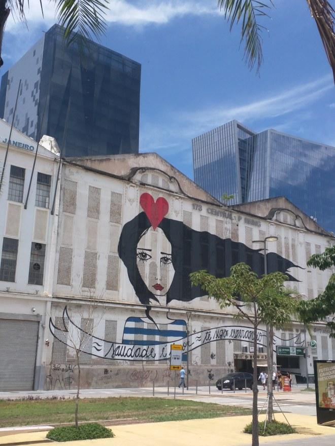 Grafites perto da Praça Mauá Rio 1