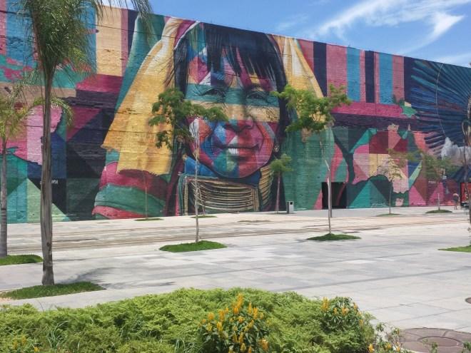 Grafites perto da Praça Mauá Rio 3