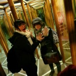 Trabalho voluntário Praga edison labirinto espelhos