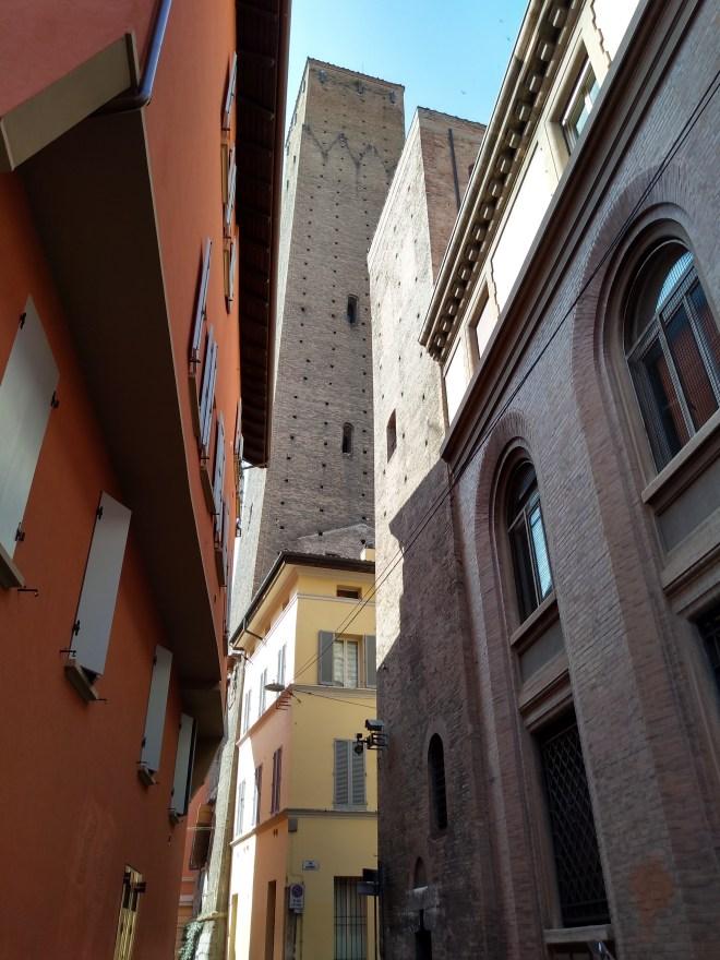 Bologna torres medievais Torre dei Guidozagni