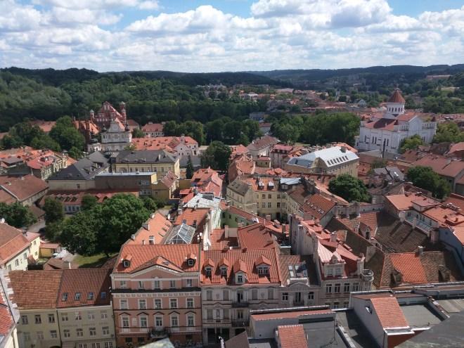 Universidade de Vilnius Lituania vista centro historico torre sao joao 2