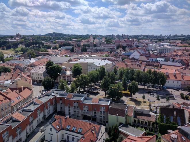 Universidade de Vilnius Lituania vista centro historico torre sao joao 3