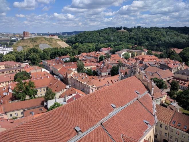 Universidade de Vilnius Lituania vista centro historico torre sao joao