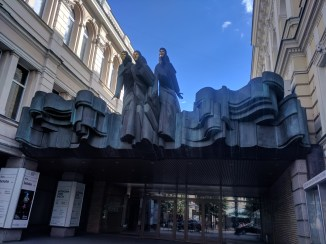 Vilnius Lituania teatro arte dramatica