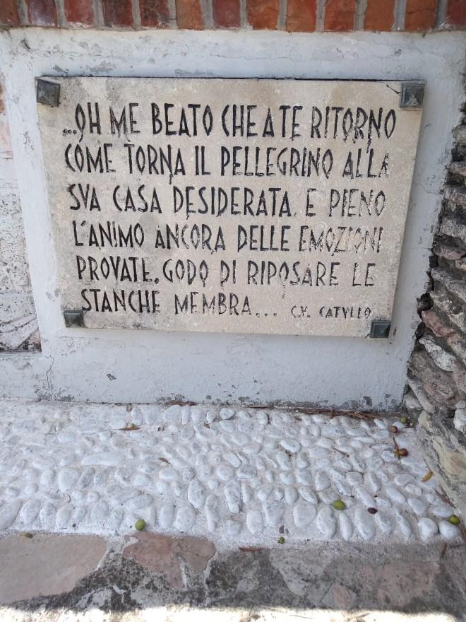 Lago de Garda Sirmione versos de catulo