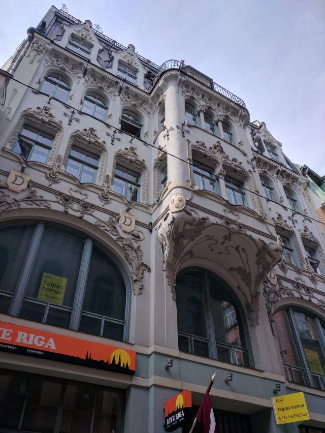 Riga Letonia predio no centro historico