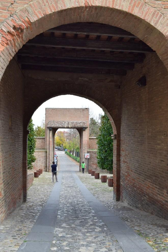 Dozza Bologna portões