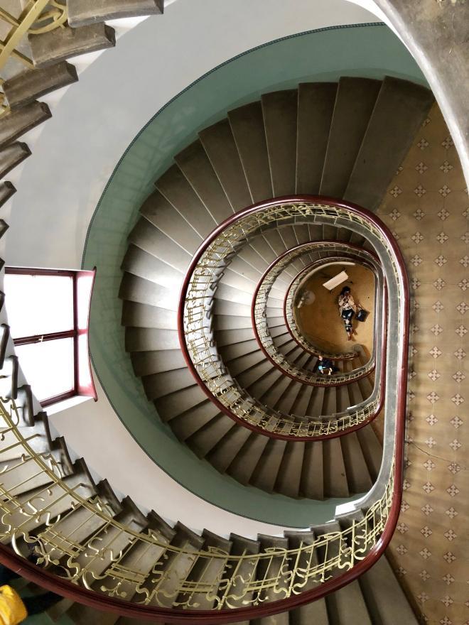 Letonia Riga Museu Art Nouveau escadaria
