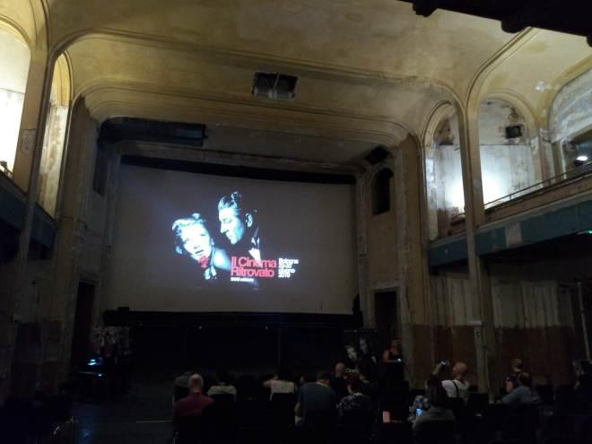 Bologna piazza maggiore cinema modernissimo subterraneo