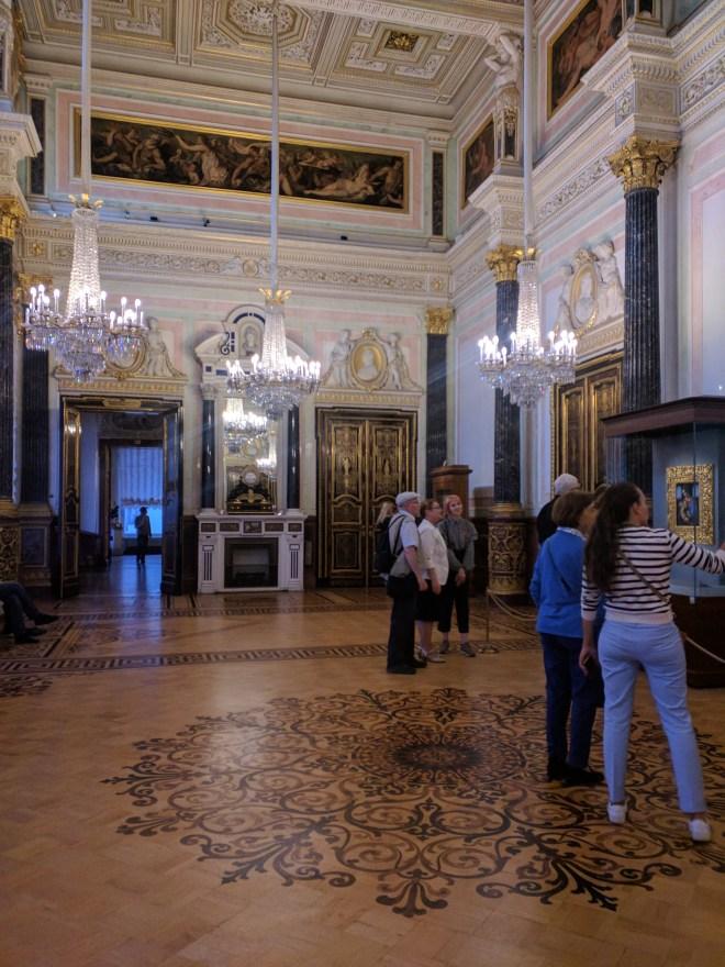 Hermitage pinacoteca sala leonardos vazia