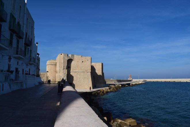 Monopoli puglia sul italia castelo carlos V