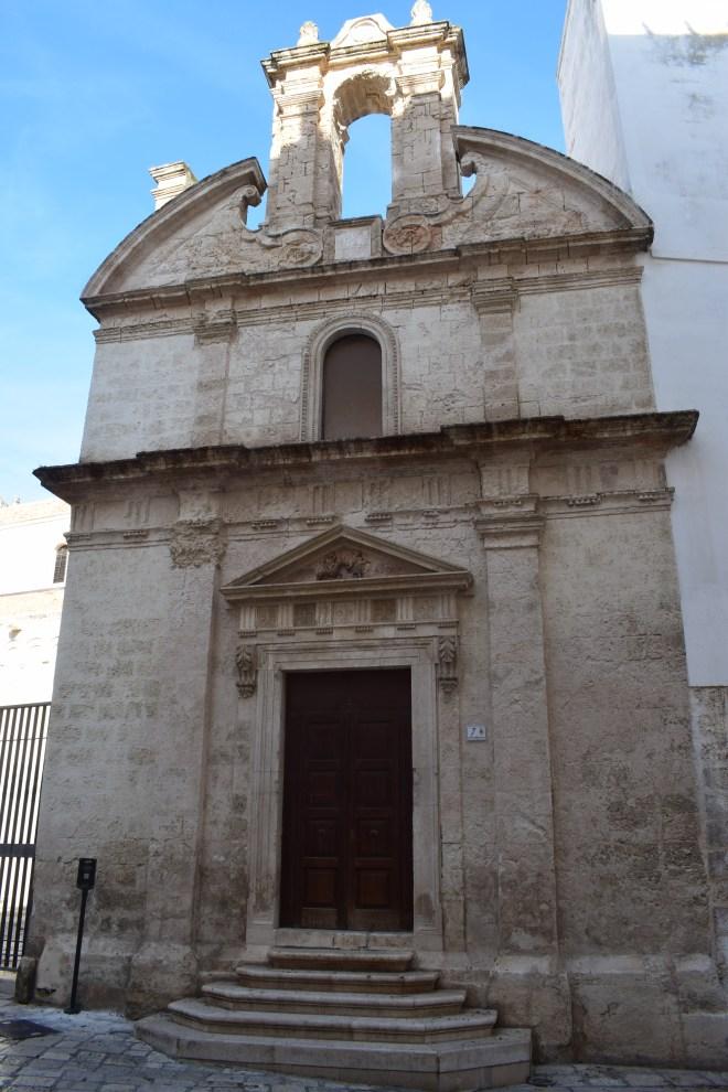 Monopoli puglia sul italia igrejas ruprestres rocha
