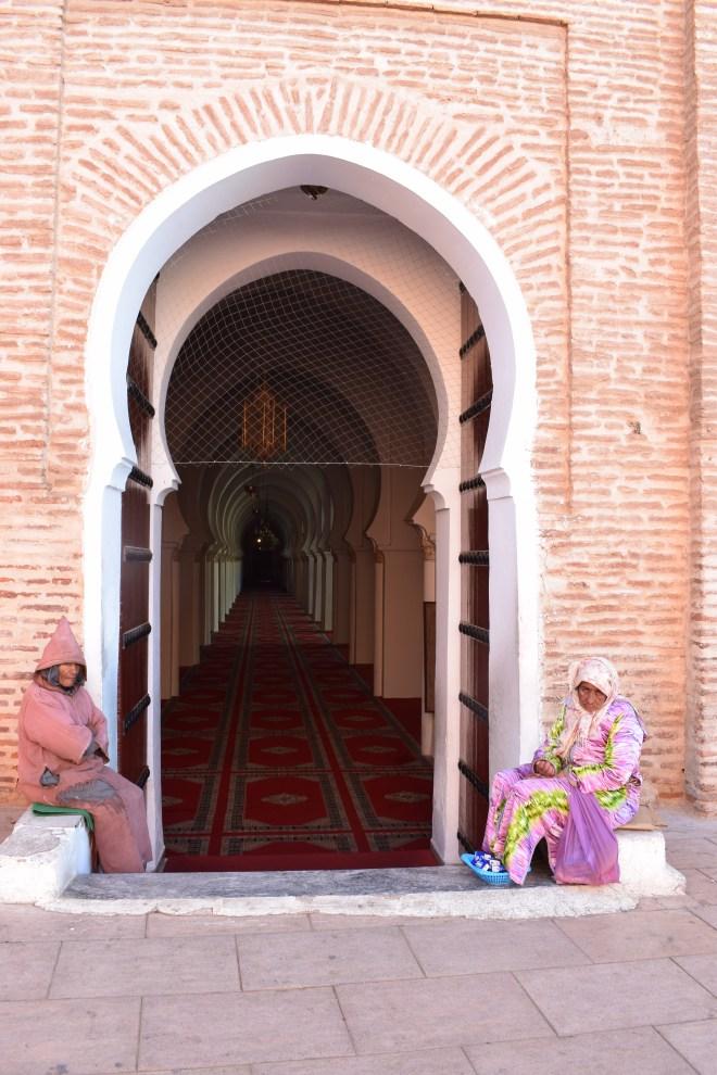 Marrocos Marrakech praça central djema el-fna mesquita koutobia