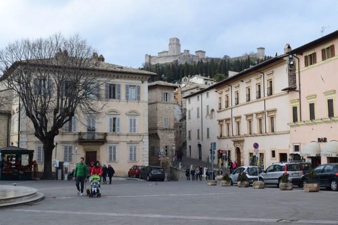 Assis Umbria rocca maggiore castelo visto da cidade