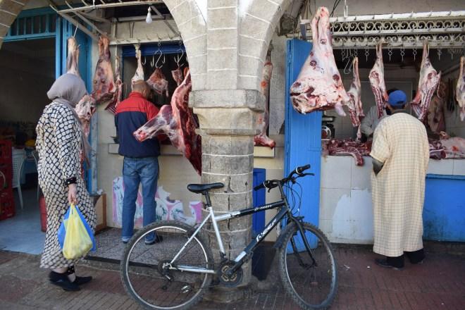 Marrocos Essaouira mercado souq rua açougue