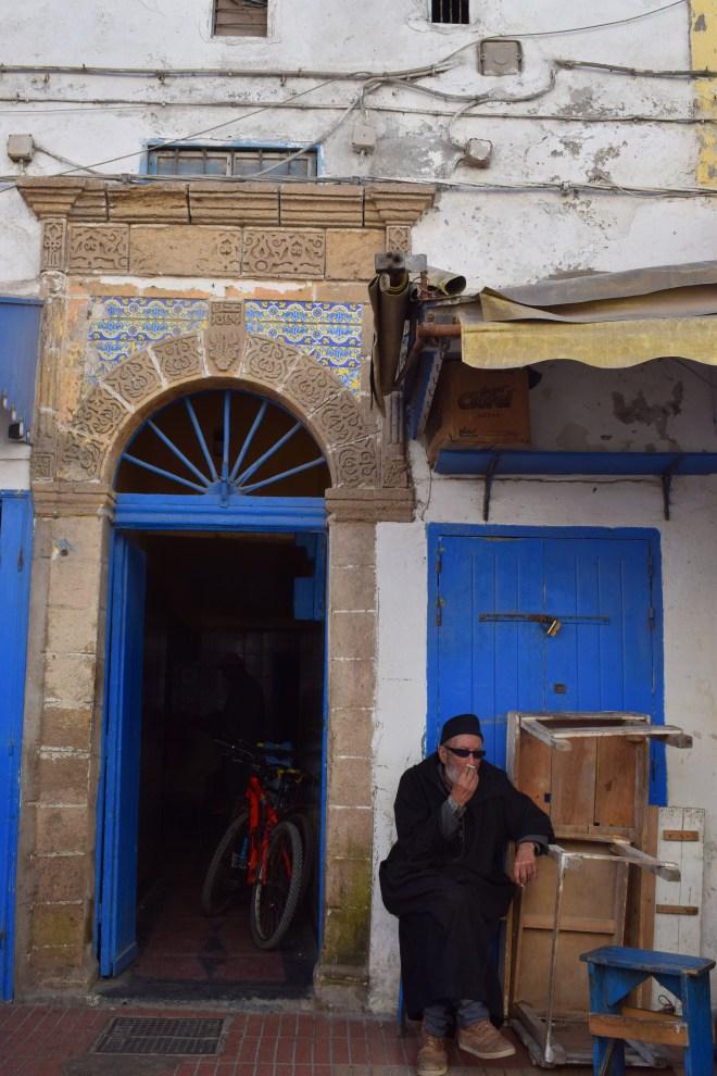 Marrocos Essaouira porta azulejos